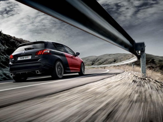 Innovations and Technologies: 308 GTi