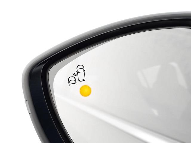Surveillance active d'angle mort Peugeot 308