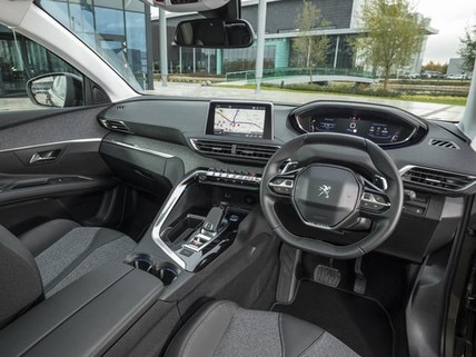 /image/55/4/new-3008-suv-technology-award-thumb.183554.jpg
